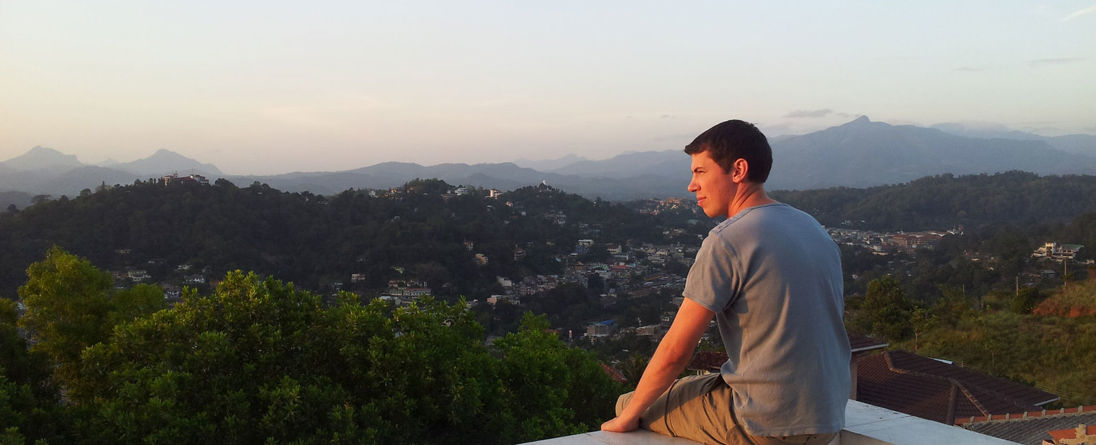 Luke Holland - Medical Electives in Sri Lanka Kandy