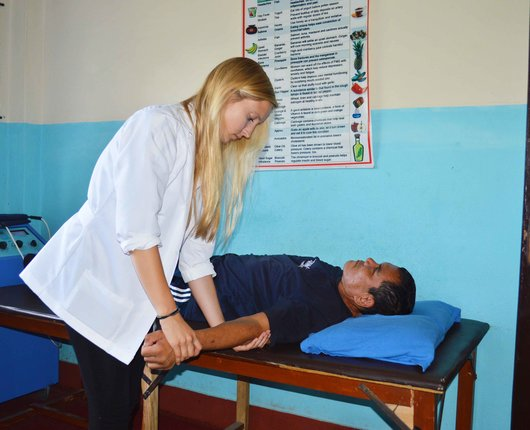 Physiotherapy Placements in Indonesia