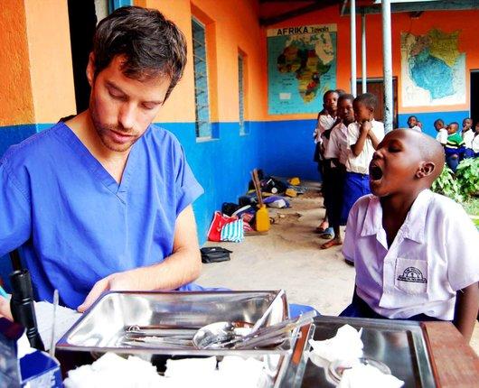 Dentistry electives in Tanzania